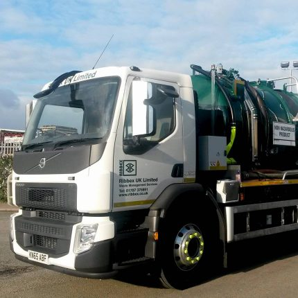 Ribbex takes delivery of a 26t Vacuum Tanker